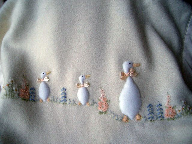 Lha Member Mary S Embroidery Applique Needlework Amp Knitting